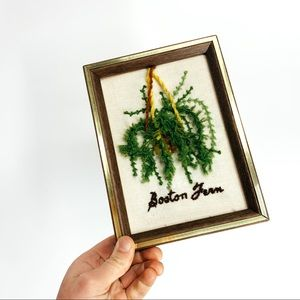 VINTAGE 70's macrame Boston fern embroidery boho